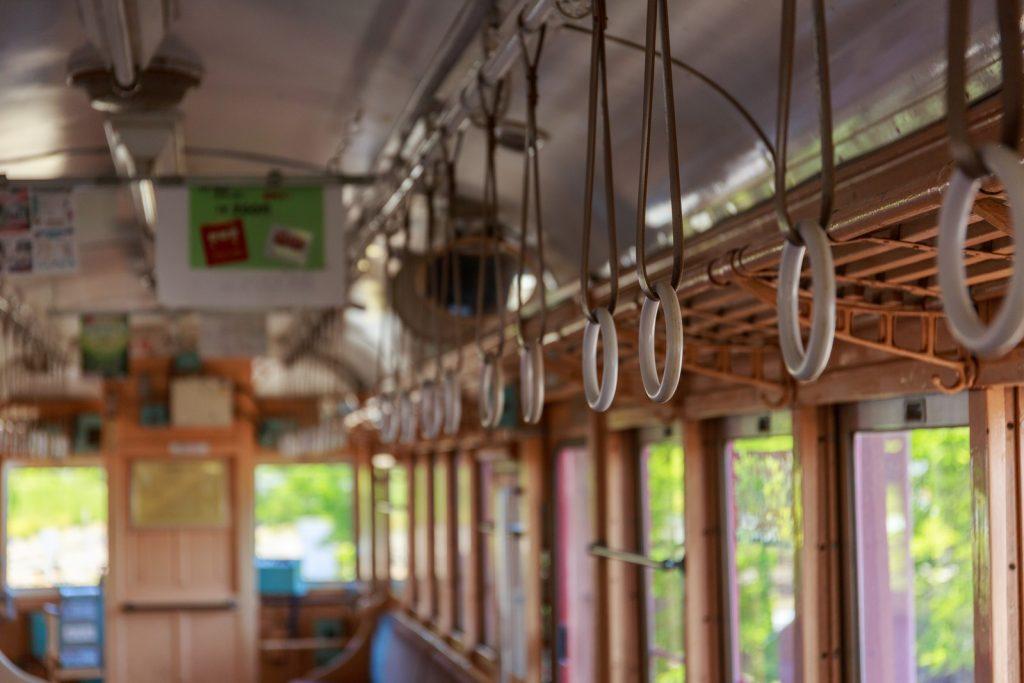京都鉄道博物館のイメージ画像(レトロな電車)