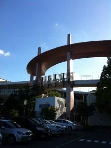 ララポート横浜入り口(夕方)
