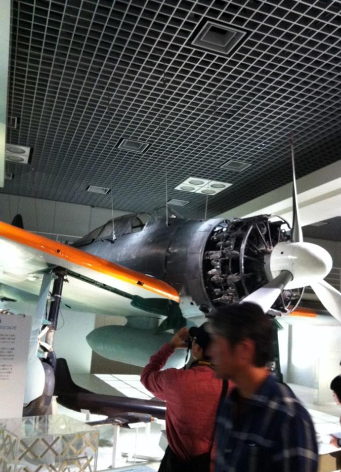 国立科学博物館の飛行機展示物の画像