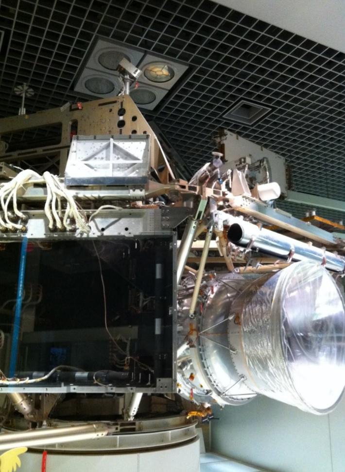 国立科学博物館の難しそうな機械の展示物の画像