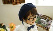 弱視眼鏡をかけている子供のイメージ画像