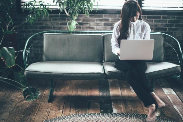 クラウドワークスでWEBライターとして働く人の平均年収・月収のイメージ画像
