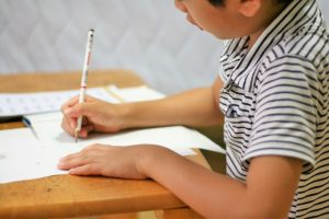 サピックス小4の関西圏における時間割で授業を受けるサピックス生達