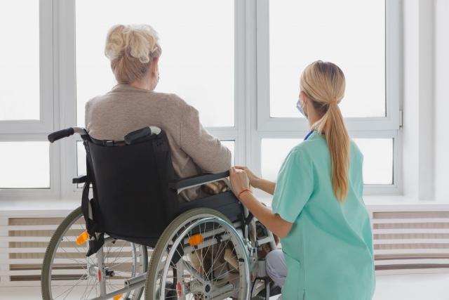 介護スタッフの女性